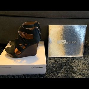 Matiko Black Leather Stacey Wedge Sandals